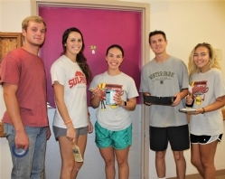MSC President's Scholar Program and leadership students help local teacher brighten lives in Tishomingo